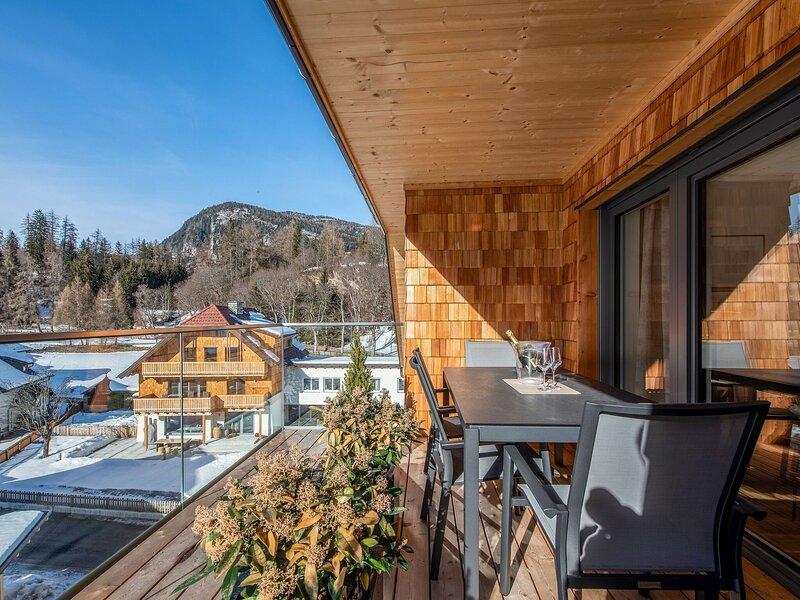 Restful Attic Apartment in Mauterndorf with Infrared Sauna, holiday rental in Zederhaus