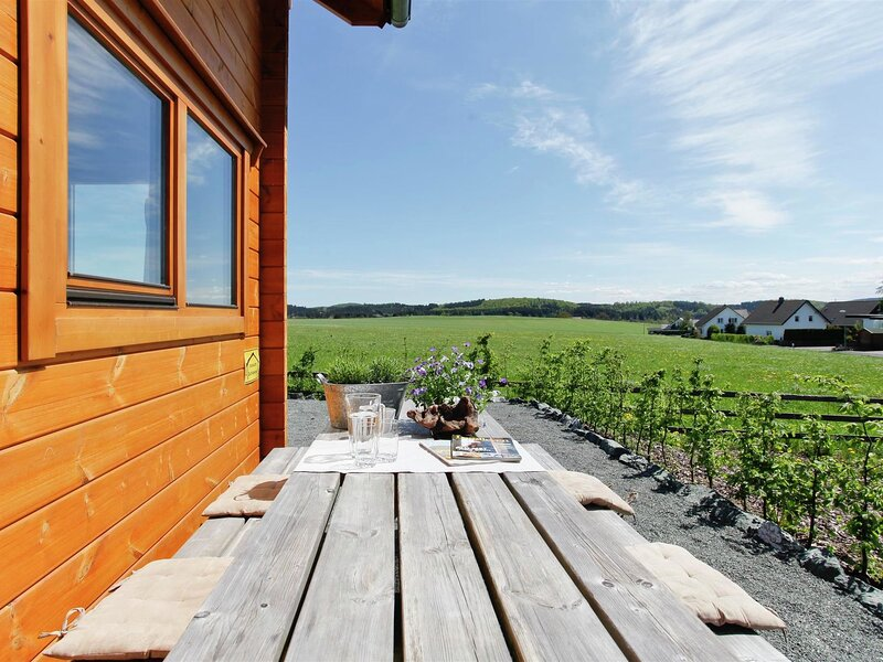 Secluded Holiday Home in Medebach near Forest, alquiler vacacional en Hallenberg