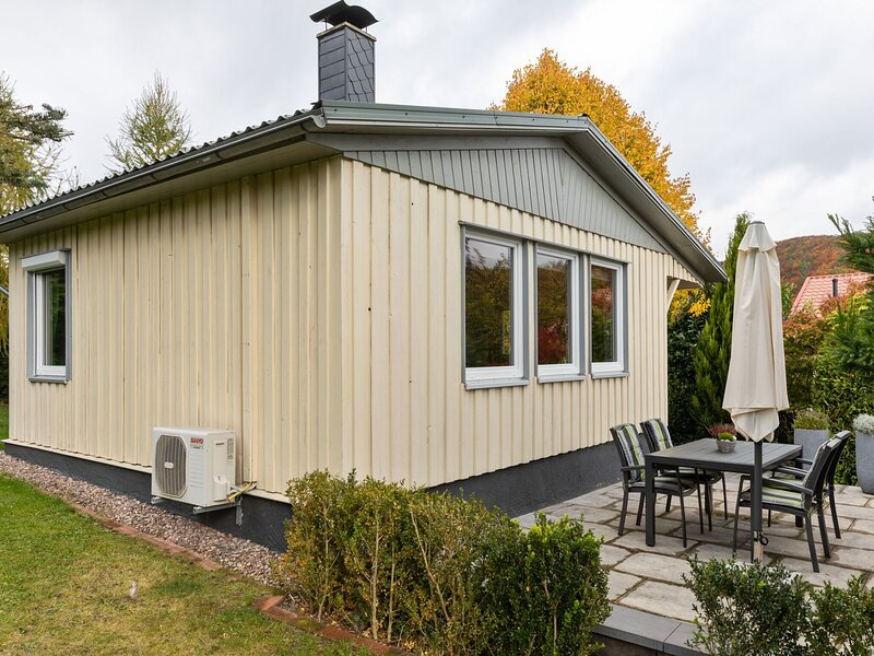 Adorable holiday home in the middle of nature of the Thuringian Forest, vacation rental in Hoerselberg-Hainich