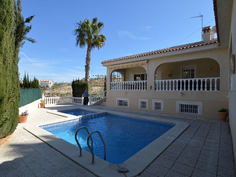 Cozy Villa in Rojales with Private Swimming Pool, holiday rental in Daya Vieja