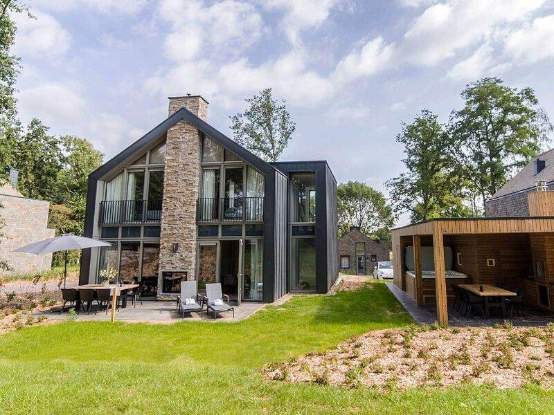 Wellness villa on the outskirts of Maastricht, alquiler vacacional en Rekem