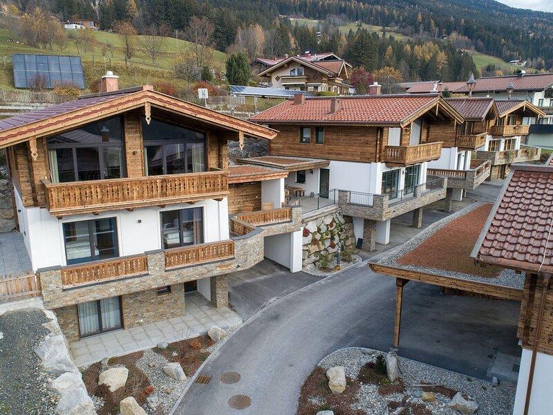 Splendid Chalet in Neukirchen near Wildkogel Ski Arena, holiday rental in Schonbach