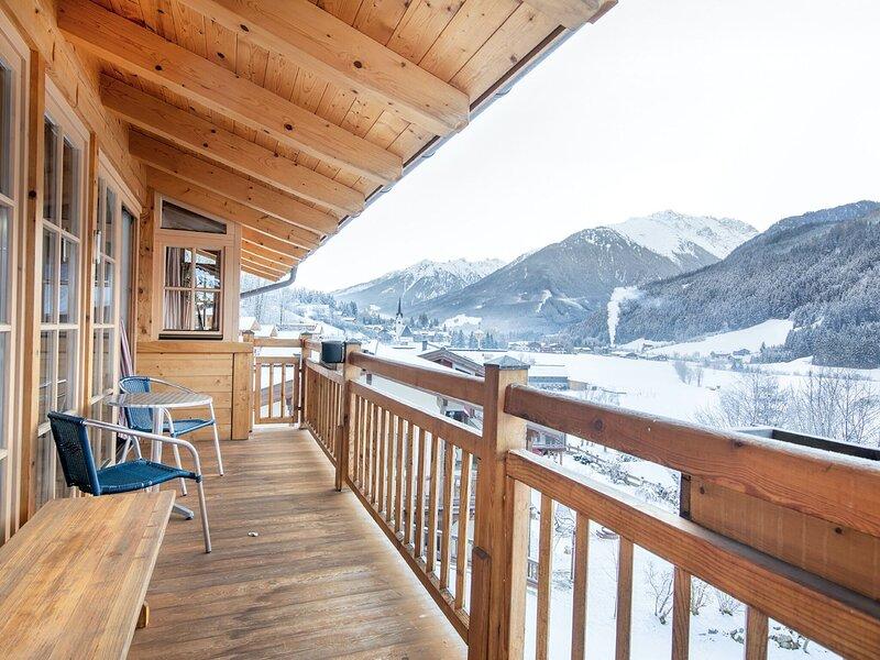 Cozy chalet with sauna, close to Königsleiten, holiday rental in Wald im Pinzgau