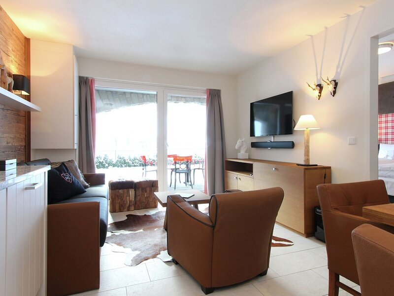 Luxury Apartment with Sauna in Saalbach-Hinterglemm, holiday rental in Hinterglemm