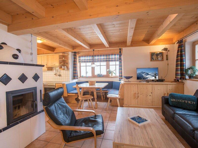 Ideal Chalet in Wald-Königsleiten with Sauna near Ski LIft, holiday rental in Wald im Pinzgau