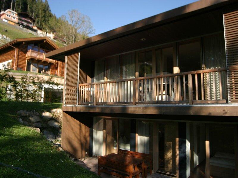 Snug Holiday Home in Wald-Königsleiten near Cross-country, holiday rental in Wald im Pinzgau