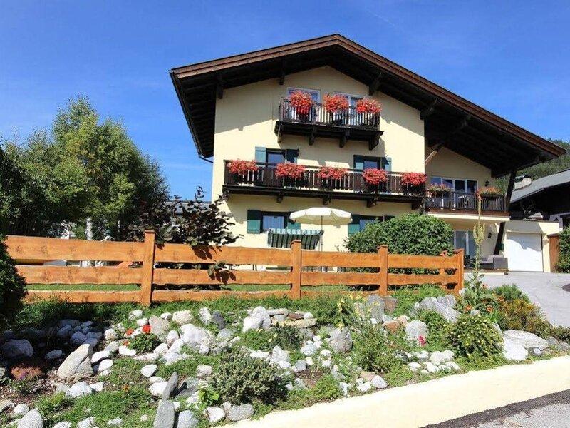 Ravishing Apartment in Seefeld in Tirol with Infrared Sauna, holiday rental in Leutasch