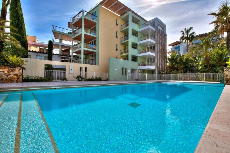 Apartment Port Prestige, holiday rental in Cap d'Antibes