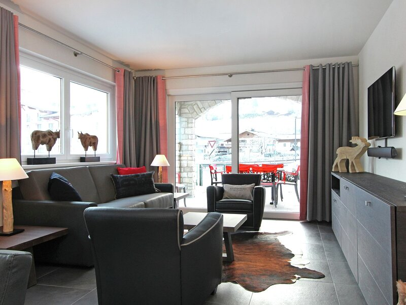Welcoming Apartment with Sauna in Saalbach-Hinterglemm, holiday rental in Hinterglemm