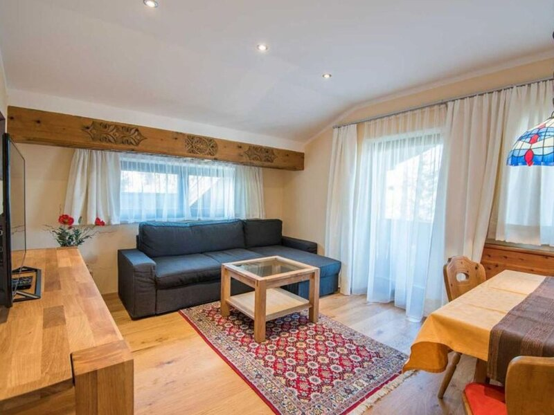 Hill-view Apartment in Seefeld next to Seefeld, holiday rental in Seefeld in Tirol