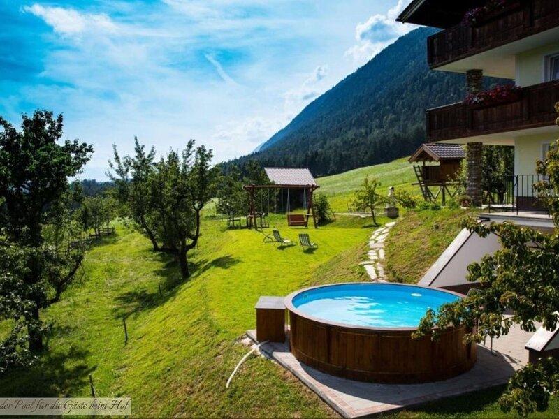 Beautiful apartment in Terfens with sauna and whirlpool, alquiler de vacaciones en Weerberg