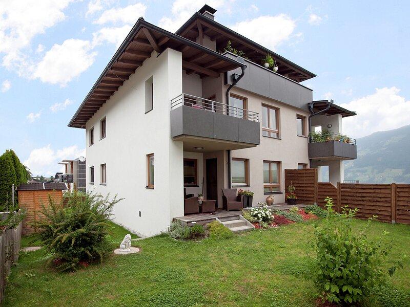 Beautiful Apartment in Fügenberg with Balcony, alquiler de vacaciones en Weerberg