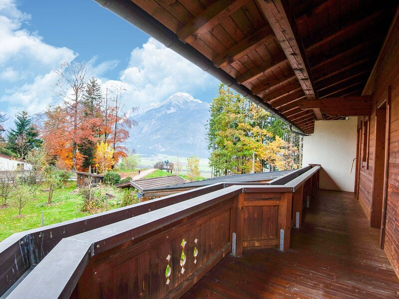 Lovely Holiday Home in Reith im Alpbachtal with Garden, vacation rental in Alpbach