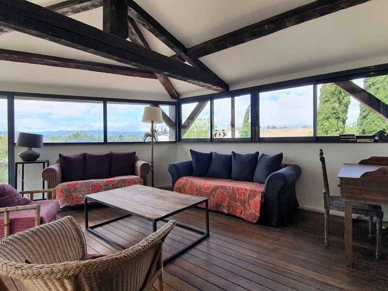Pleasant Apartment in Olonzac near Lakebeach, holiday rental in Olonzac