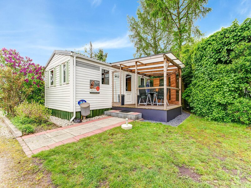 Charming Holiday Home in Hulshorst with Garden, holiday rental in Vierhouten