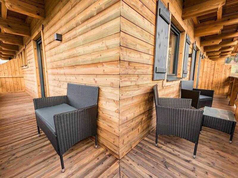 Welcoming Apartment in Jochberg with Balcony, holiday rental in Aurach bei Kitzbuehel