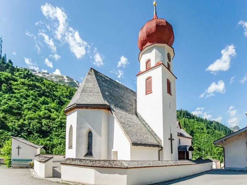 Alluring Chalet in Stuben with Sauna, location de vacances à Lech