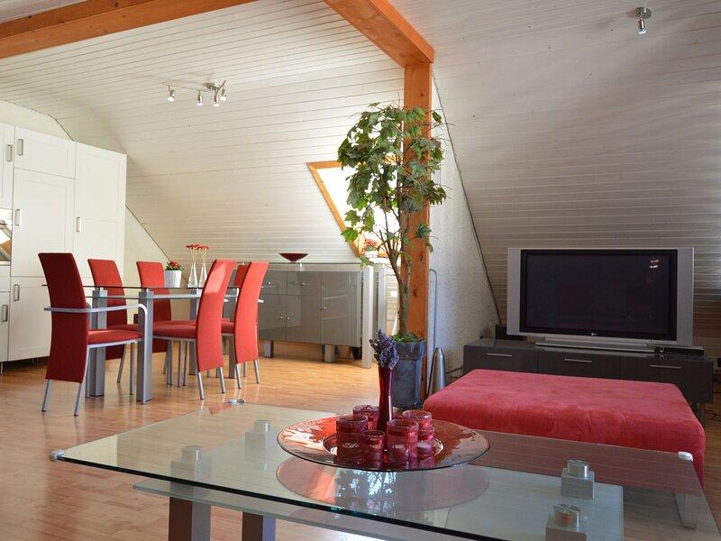Lovely Holiday Home in Veldenz near Mosel River, alquiler de vacaciones en Lieser