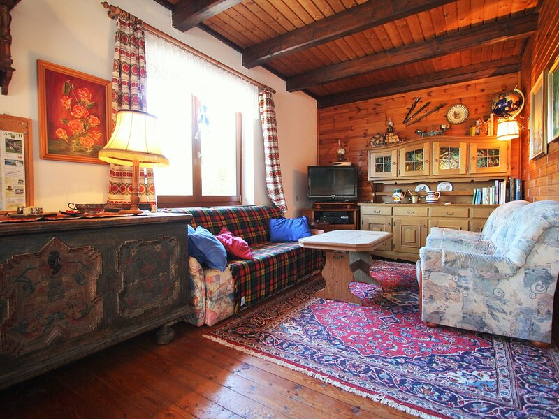 Comfortable Holiday Home near Ski Area in Arriach, holiday rental in Zedlitzdorf