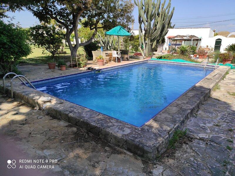 Charming Cottage in Conil de la Frontera with Garden – semesterbostad i Fuente del Gallo