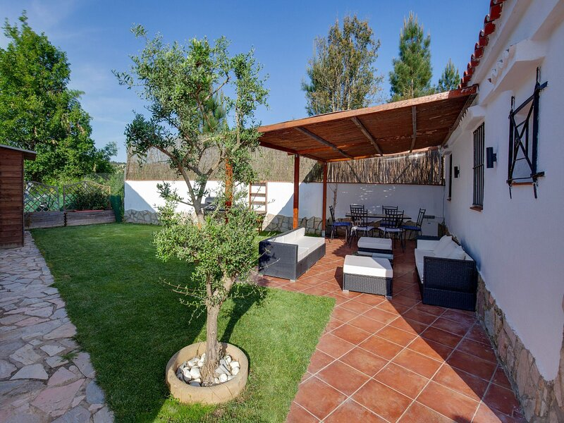 Spacious Holiday Home in Girona with Private Garden, holiday rental in Vidreres