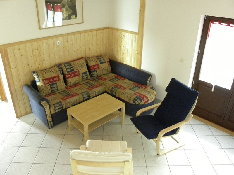 Charming Chalet in La Hoube with Garden, holiday rental in Marmoutier