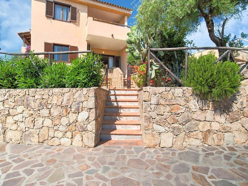 Quaint Holiday Home in Marinella near Beach, holiday rental in Marinella