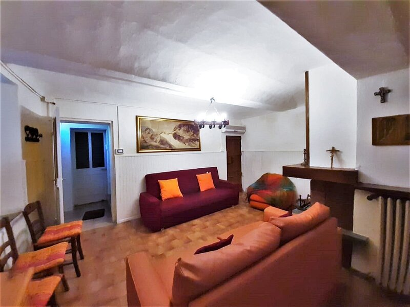 Snug Holiday Home in Portacomaro with Patio near Winery, vacation rental in Asti