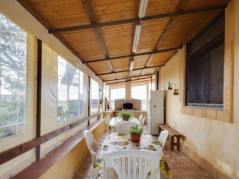Heavenly Holiday Home in Triscina di selinunte with BBQ, alquiler vacacional en Castelvetrano