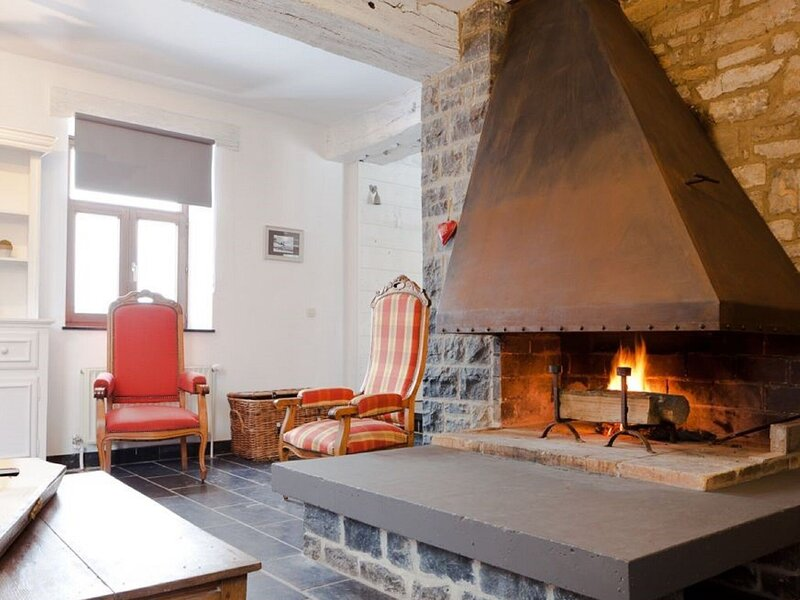 Attractive Holiday Home in Gerin with Private Garden, location de vacances à Denee
