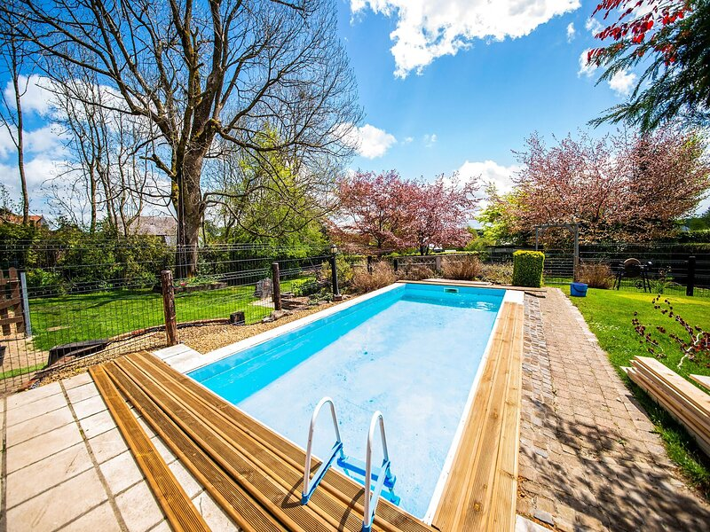 Blissful Holiday Home in Libramont-Chevigny with Garden, vacation rental in Ochamps