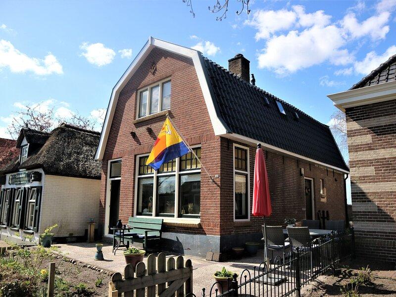 Wonderful Mansion in Giethoorn near Museum with Terrace, location de vacances à IJhorst