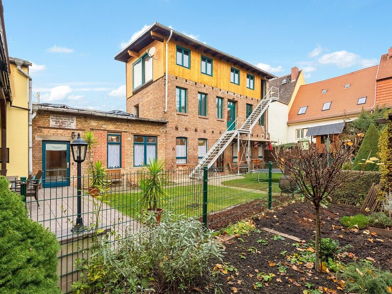 Dainty Apartment in Naumburg near Nietzsche-Haus, vacation rental in Bad Sulza