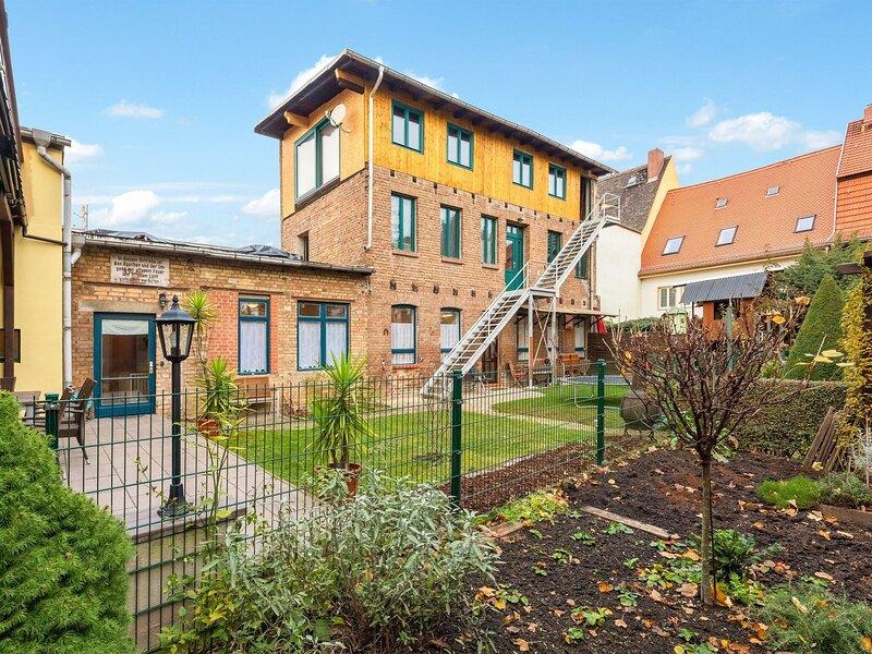 Dainty Apartment in Naumburg near Nietzsche-Haus, casa vacanza a Querfurt