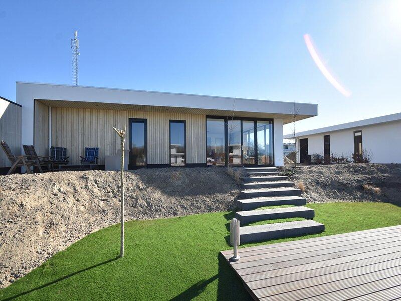 Stunning Villa in Zeewolde near Veluwemeer Lake, location de vacances à Province de Flevoland