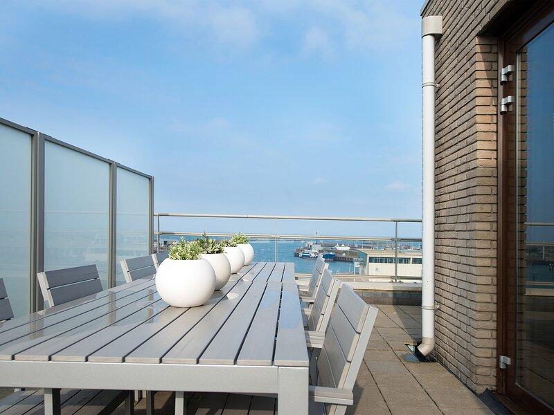 Spacious modern apartment in Scheveningen, holiday rental in Scheveningen