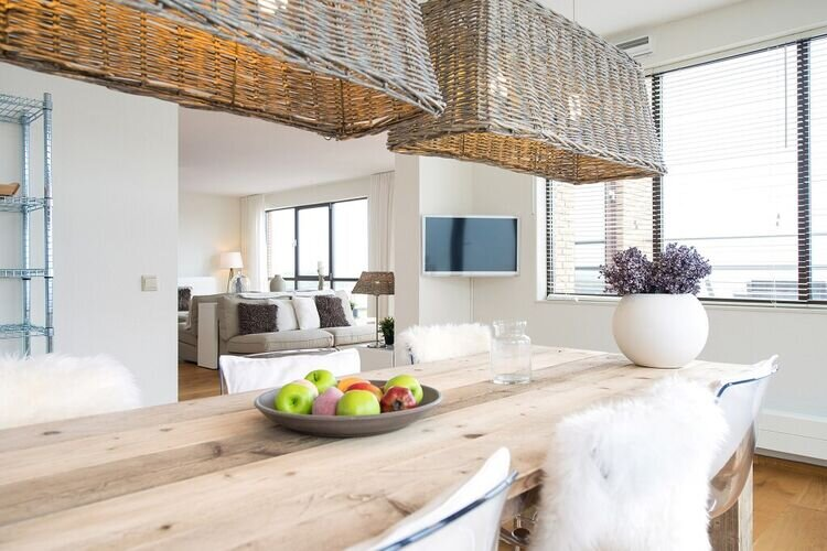 Luxury apartment with a view over the North Sea, holiday rental in Scheveningen