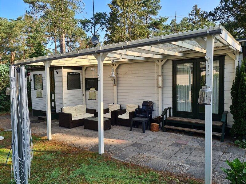 Modern Holiday Home in Doornspijk near Zandenplas Park, holiday rental in Vierhouten