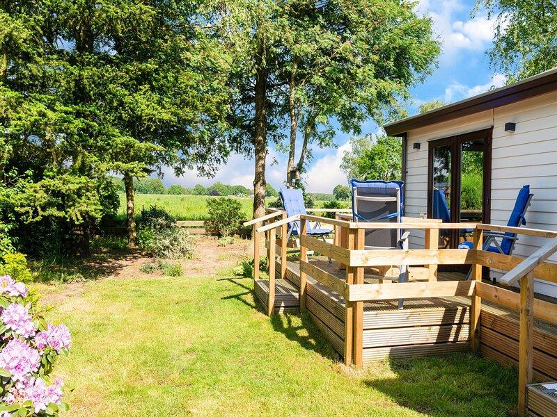 Quaint Holiday Home in Garderen with Fenced Garden, location de vacances à Garderen