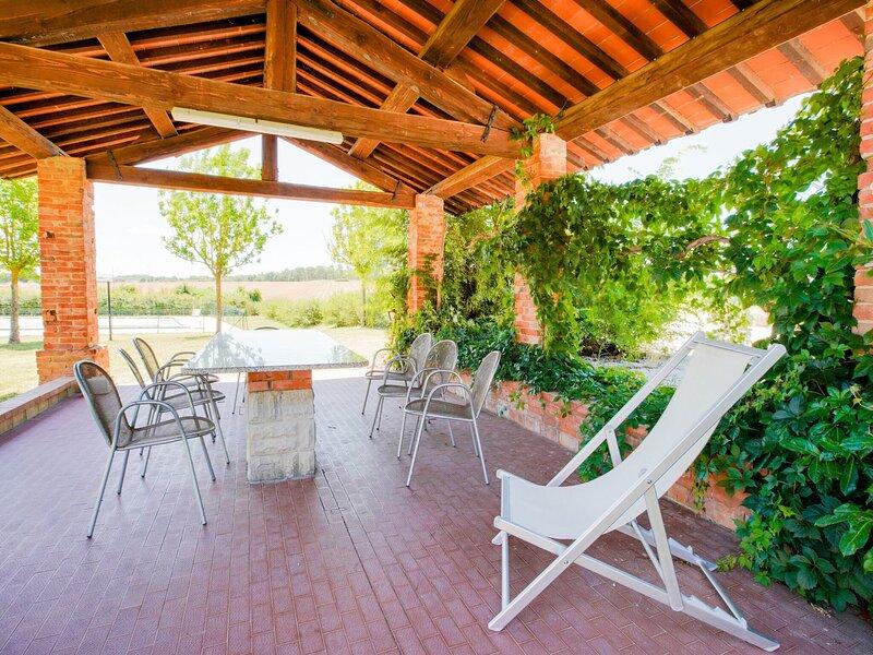 Enticing Holiday Home in Castiglione del Lago, holiday rental in Pozzuolo