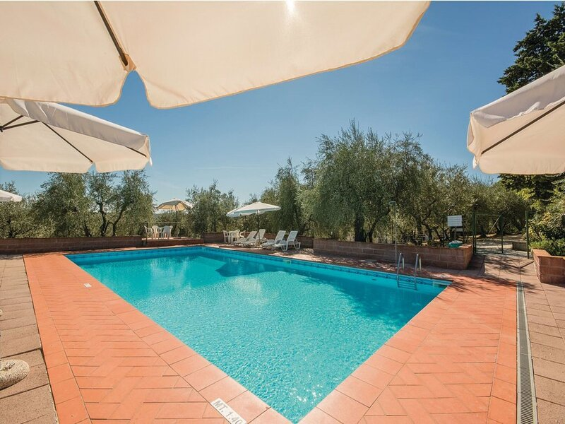 Dreamy Holiday Home in San Casciano Val di Pesa with Garden, holiday rental in Mosciano