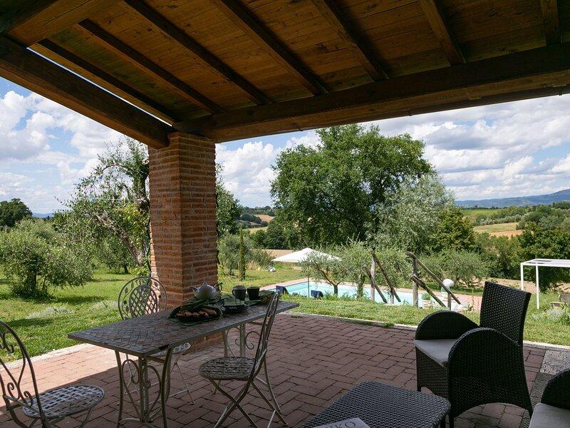 Mesmerising Villa in Cortona with Private Swimming Pool, location de vacances à Cignano