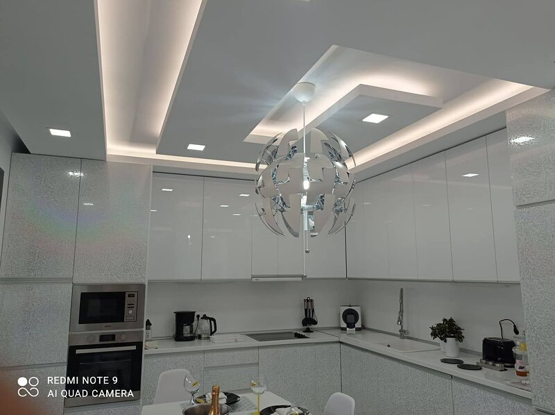 Luxury Villa Diamond-5 Bedrooms Villa+pool+BBQ, holiday rental in Messonghi