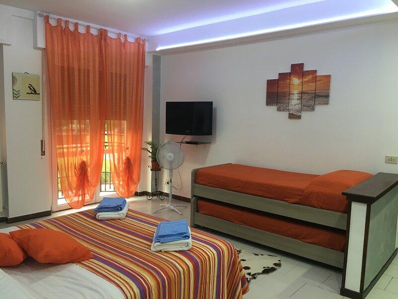 Big family bed & breakfast, holiday rental in Cassago Brianza