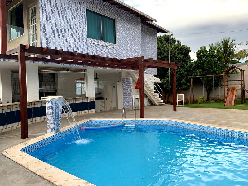 Residencial Solar das Rosas - piscina aquecida/sauna no melhor de Lagoa Santa, holiday rental in Lagoa Santa