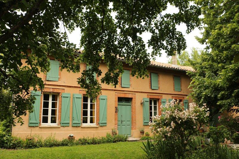 La Closerie de l'Autan - Un accueil familial simple et chaleureux, casa vacanza a Paulhac