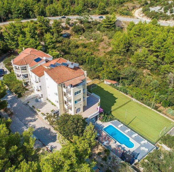 Villa Gojun, location de vacances à Drvenik