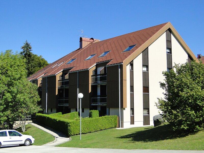 QUARTIER BEAUSOLEIL - studio 4 personnes, holiday rental in Metabief