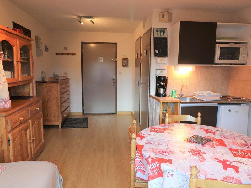 METABIEF - Appartement 4 personnes - Le Montana, holiday rental in Metabief