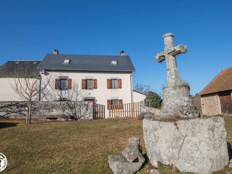 Presbytère, holiday rental in Charensat